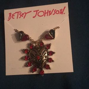 Betsy Johnson heart necklace and earrings set NWT